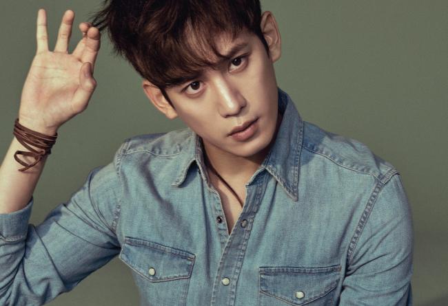 """Se confirma que el actor Park Ki Woong se unirá al elenco de la película de """"Cheese In The Trap"""""""