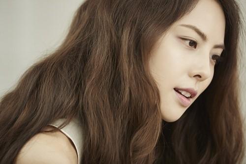 Park Ji Yoon anuncia su primer álbum completo en cuatro años con un adelanto de sus preparaciones