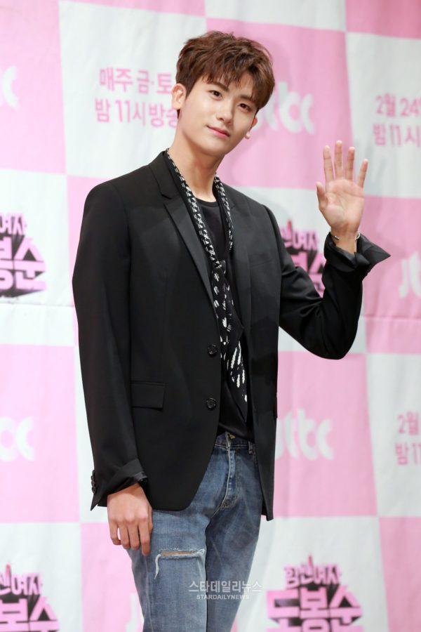 """Park Hyung Sik explica cómo superó las preocupaciones por ser protagonista en """"Strong Woman Do Bong Soon"""""""