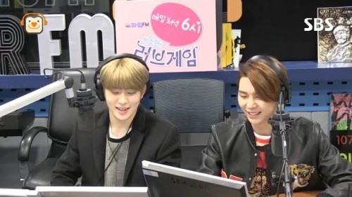 Jaehyun y Johnny de NCT discuten sus diferentes formas de confesar su amor a una chica