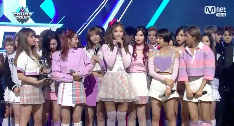 """TWICE obtiene el primer lugar con """"Knock Knock"""" en """"M!Countdown"""" – Presentaciones de NCT Dream, Lovelyz, SF9 y más"""