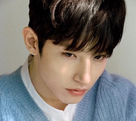 Lee Soo Hyuk se une oficialmente a YG Entertainment