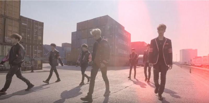 """Romeo sale a las calles en el MV teaser de """"Without U"""""""