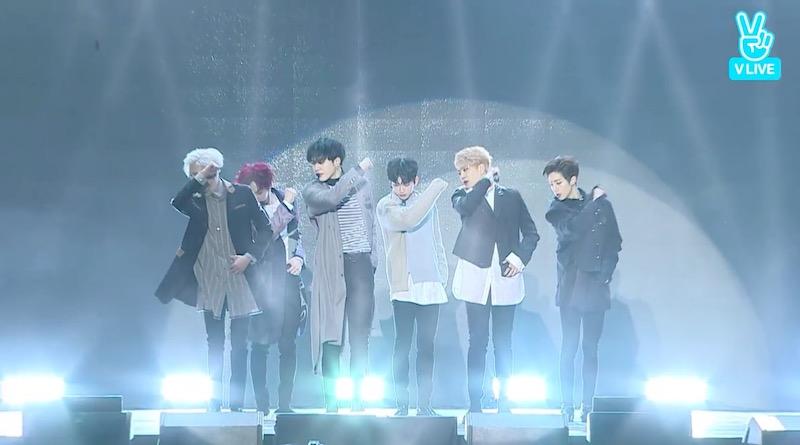 "GOT7 actúa por primera vez con ""Never Ever"" en su showcase"