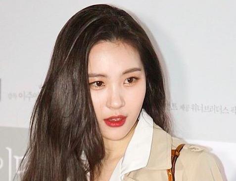 Se confirma que Sunmi ha firmado con MakeUs Entertainment