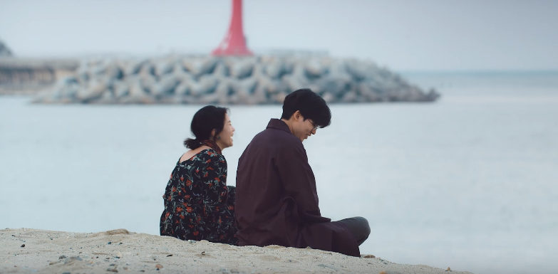 """Mad Clown publica expresivo vídeo musical para """"Love Is A Dog From Hell"""" con Suran"""