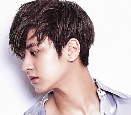 Chanwoo de iKON sufre una lesión en el plató de grabación del vídeo musical del grupo