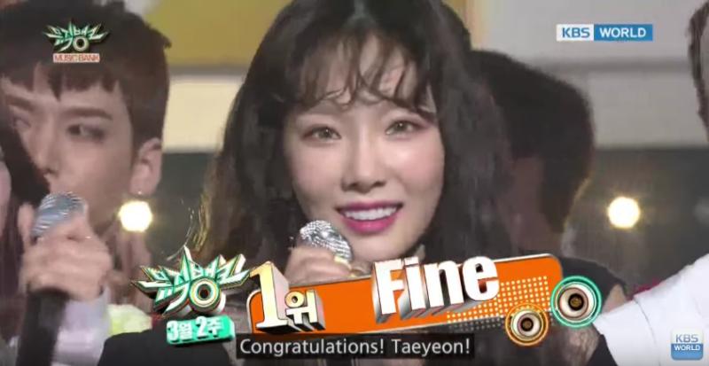 """Taeyeon obtiene su 2da victoria con """"Fine"""" en """"Music Bank""""; presentaciones de TWICE, B.A.P y más artistas"""