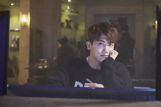 Park Hyung Sik confiesa que estaba preocupado de no ser suficientemente bueno para trabajar con Park Bo Young