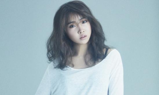 Gong Minzy muestra su cariño por el nuevo álbum de CNBLUE