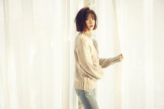 IU revela planes de lanzar videos musicales para varias canciones de su próximo álbum