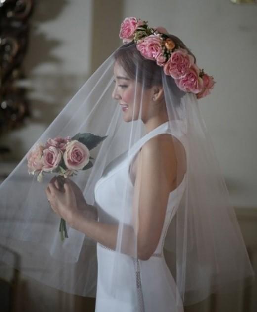 Bada de S.E.S. contraerá matrimonio hoy y revela planes para la luna de miel