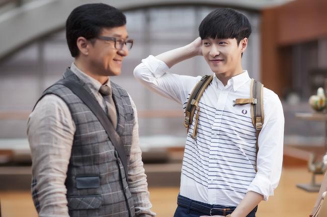 """Lay de EXO habla sobre su trabajo al lado de Jackie Chan para la próxima película """"Kung Fu Yoga"""""""