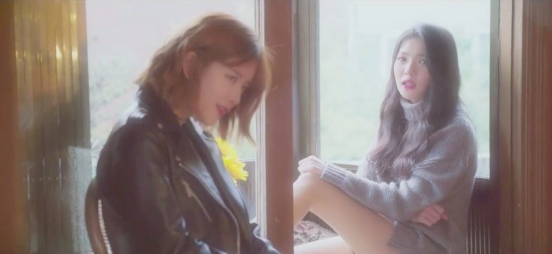 "Exy de Cosmic Girls y Lovey lanzan un hermoso acústico mashup de ""Lotto"" de EXO y ""Blood, Sweat & Tears"" de BTS"