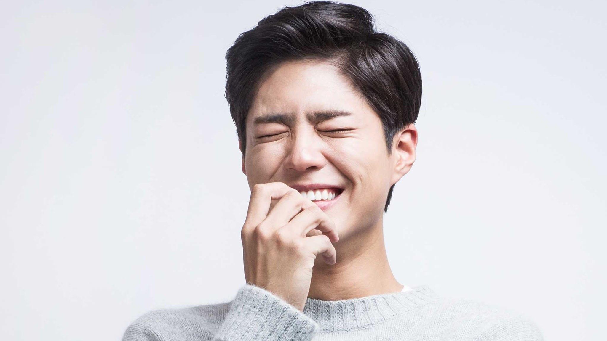 """Park Bo Gum muestra su apoyo a la nueva película de las actrices de las series """"Reply"""""""