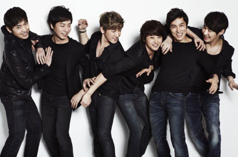 La agencia de Shinhwa revela que los miembros del grupo no sabían sobre el matrimonio de Eric y Na Hye Mi