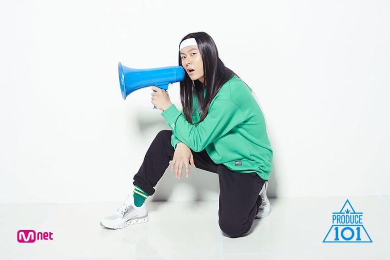 """El concursante de """"Produce 101 Season 2"""" Jang Moon Bok calienta corazones con su posición ante comentarios maliciosos"""
