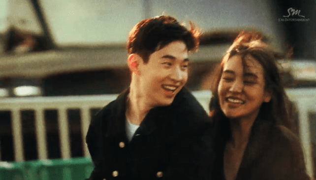 "Henry está por experimentar un ""verdadero amor"" en video musical inspirado en los 90s"