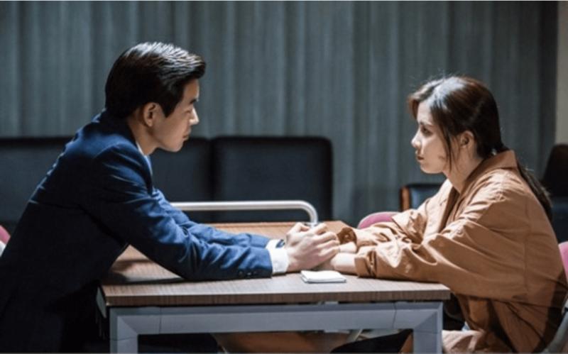 """La relación de Lee Bo Young y Lee Sang Yoon da un paso adelante en """"Whisper"""" a pesar de la difícil situación de sus personajes"""