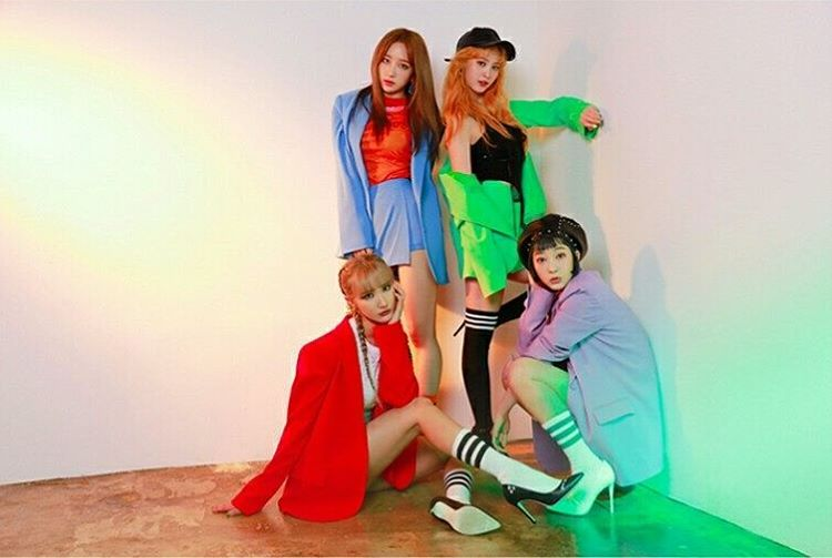 "EXID comparte la historia detrás de su reciente divertido incidente en ""Music Bank"""