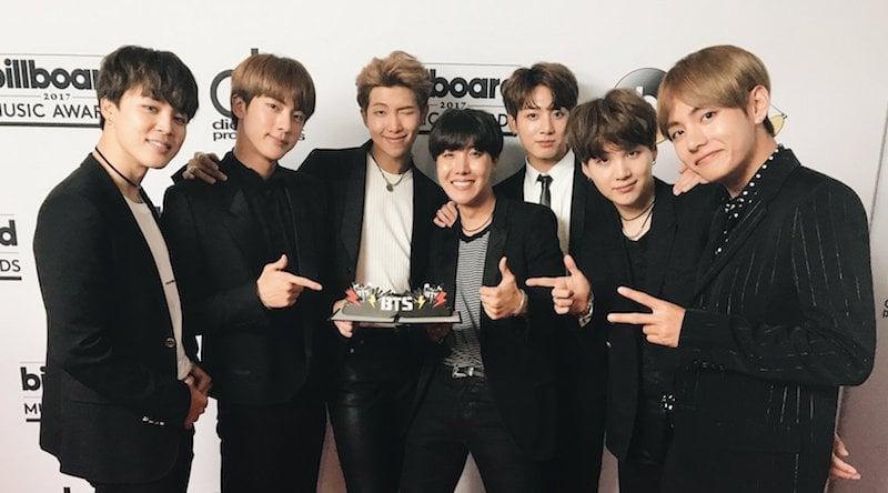 BTS es felicitado por celebridades tras su premio en los Billboard Music Awards