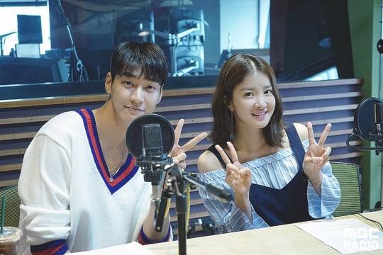 """Lee Si Young comparte cómo obtuvo tres licencias en un día para su papel en su nuevo drama """"Lookout"""""""