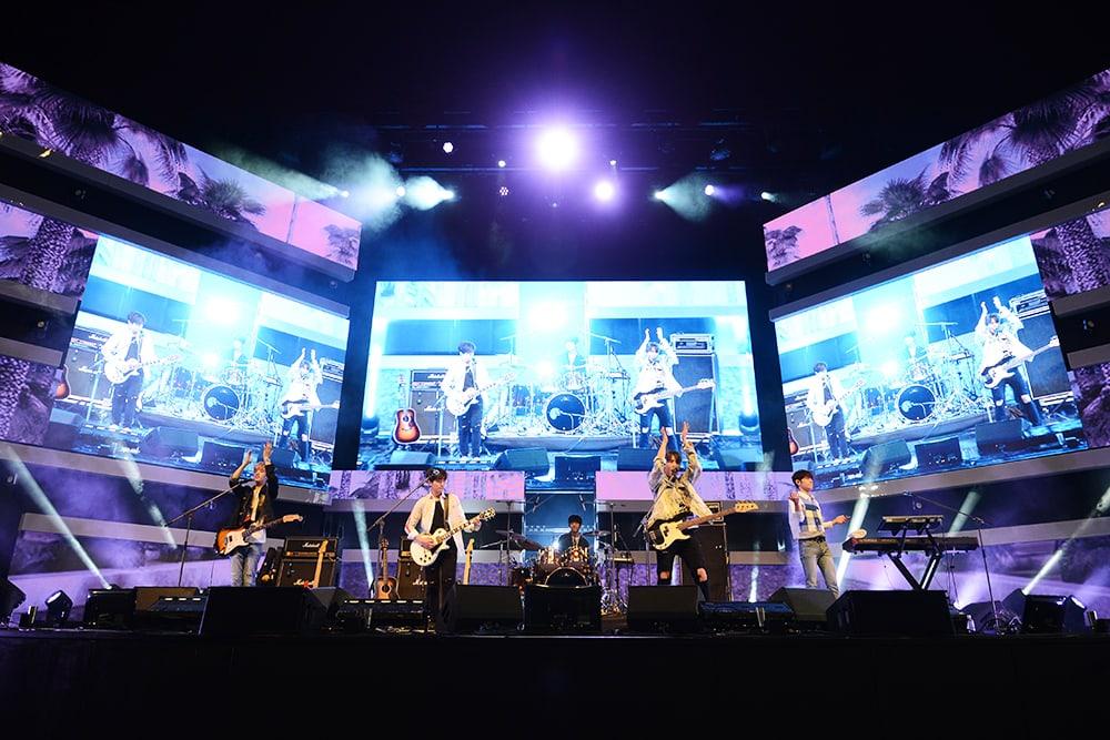 El día 1 del Idolcon de Mnet presenta las actuaciones de DAY6 y gugudan, más firmas para fans, talleres ¡y más!