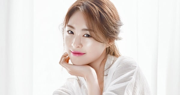 Lee Yeon Hee considera papel protagónico para un próximo drama de romance y fantasía