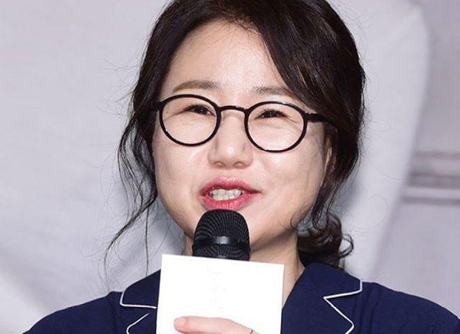 """La reconocida escritora de dramas Kim Eun Sook habla sobre guiones en proceso, líneas cursis y el final de """"Lovers In Paris"""""""