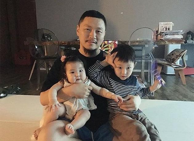 Yang Dong Geun comparte una adorable y graciosa foto editada de sus hijos mayores