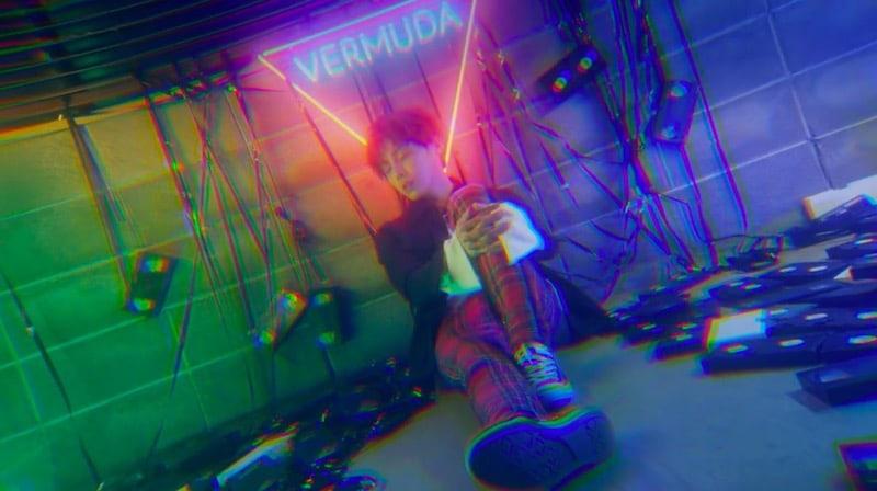 """VERMUDA, el nuevo grupo de chicos, hace su debut con el MV de """"Dream Girl"""""""