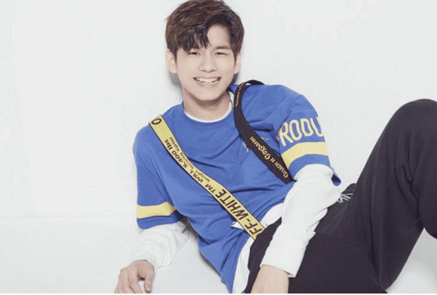 """Artistas de Fantagio muestran apoyo por el trainee de """"Produce 101 Season 2"""", Ong Sung Woo"""