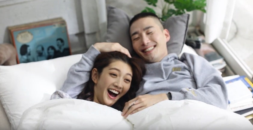 """NakJoon canta sobre las subidas y bajadas del amor en el MV de """"Blame"""""""
