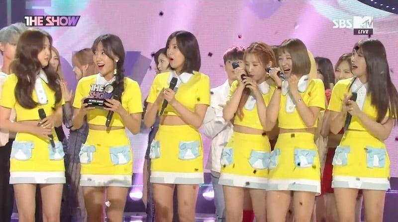 """Apink obtiene cuarta victoria con """"Five"""" en """"The Show"""" – Presentaciones de Red Velvet, MAMAMOO y más"""