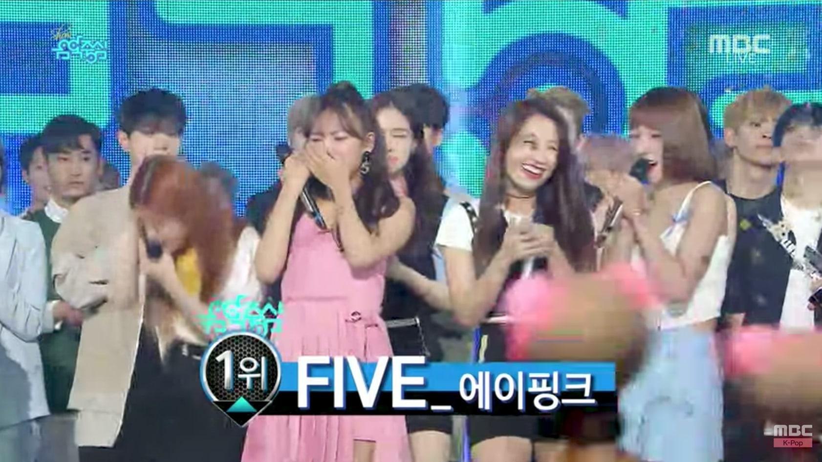 """Apink logra su 6ª victoria por """"Five"""" en """"Music Core"""". Actuaciones de BLACKPINK y UP10TION, entre otros"""