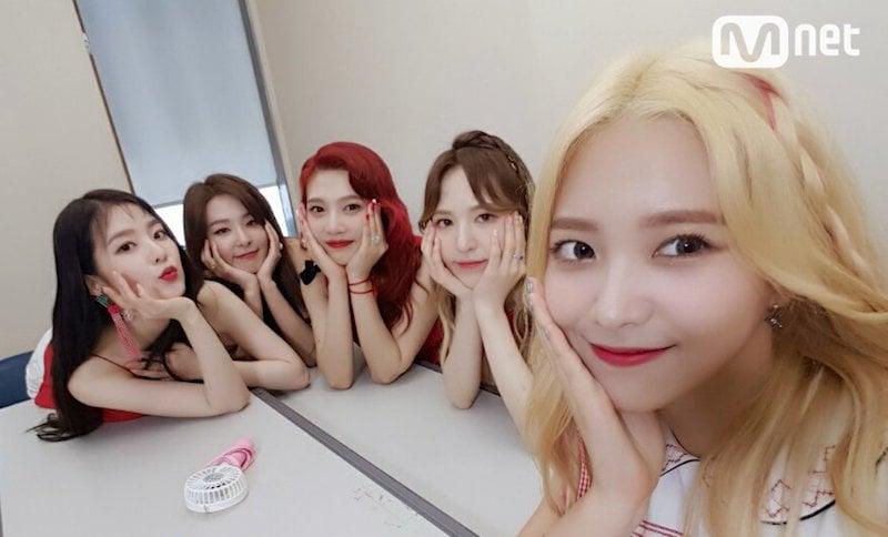 """Red Velvet logra su 2ª victoria con """"Red Flavor"""" en """"M!Countdown"""". Actuaciones de EXO y KARD, entre otros"""
