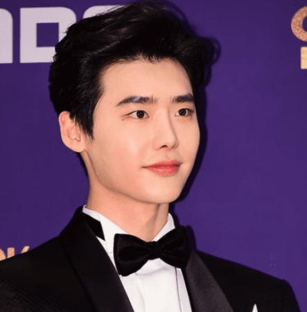 La agencia de Lee Jong Suk responde al informe sobre la notificación de alistamiento que recibió el actor