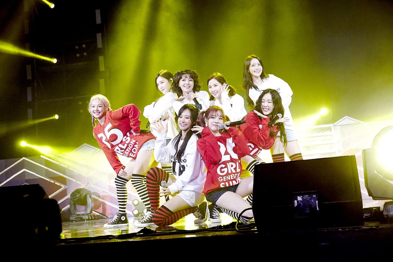 Girls' Generation habla de cómo el tiempo pasó volando en su fan meeting por su décimo aniversario