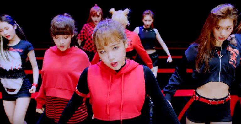 "Weki Meki listas para matar con su MV de debut ""I Don't Like Your Girlfriend"""