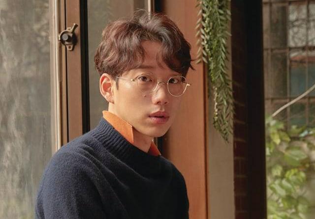 Kwon Jung Yeol habla sobre los momentos difíciles al crear el 4º álbum de 10cm