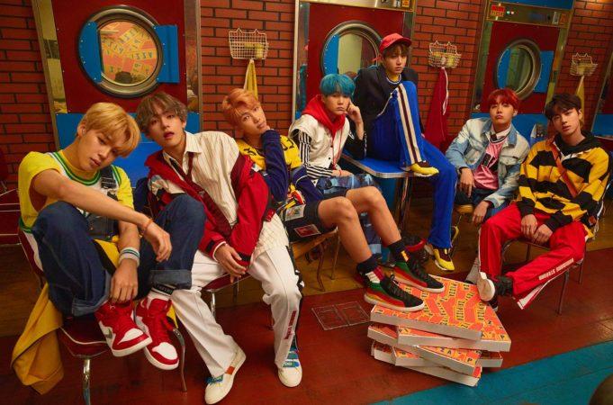 """BTS va por conceptos brillantes y coloridos en nuevas fotos para """"Love Yourself: Her"""""""
