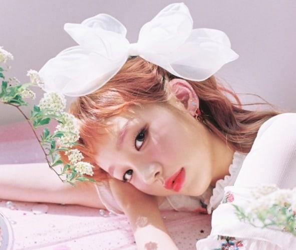 Baek A Yeon aclara conceptos erróneos y mira hacía el futuro para su quinto aniversario de debut