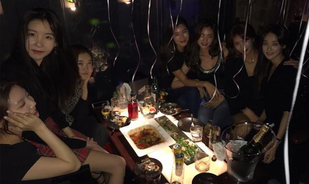 Las integrantes de After School se reúnen para celebrar el cumpleaños de Nana