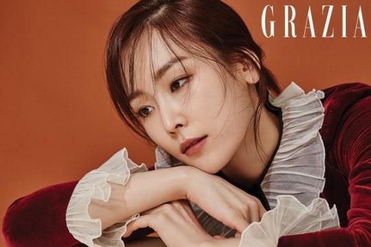 """Seo Hyun Jin comparte pensamientos sobre """"Temperature Of Love"""" y las relaciones en una sesión de fotos para Grazia"""
