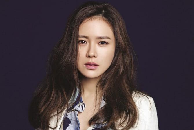 Son Ye Jin está considerando su primer papel en un drama en 5 años