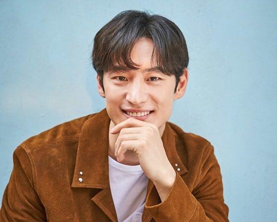 """Lee Je Hoon estaba preocupado por mostrar su verdadero yo en """"Three Meals A Day"""""""