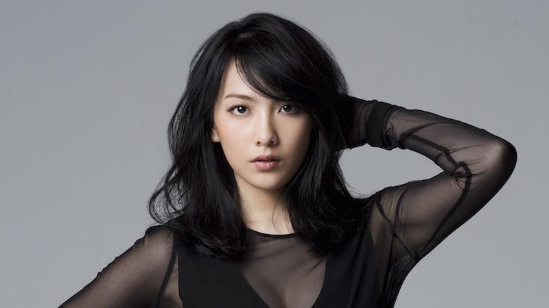 Se informa de que la anterior miembro de KARA, Kang Ji Young, está en una relación