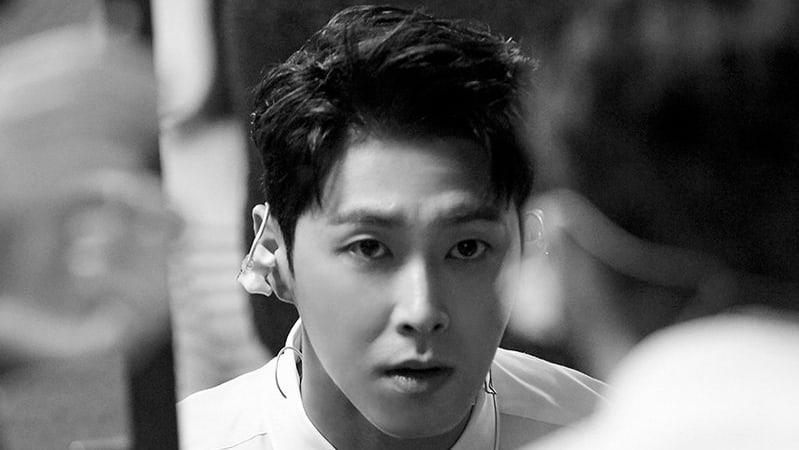 Yunho de TVXQ es el alumno más simpático del campus en nuevas imágenes para próximo drama