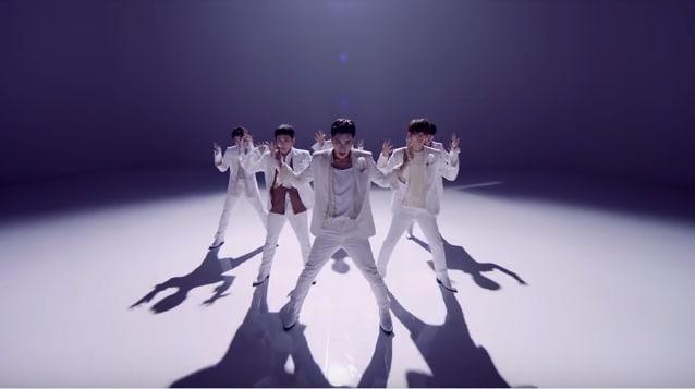 """JBJ debuta con el MV de """"Fantasy"""""""