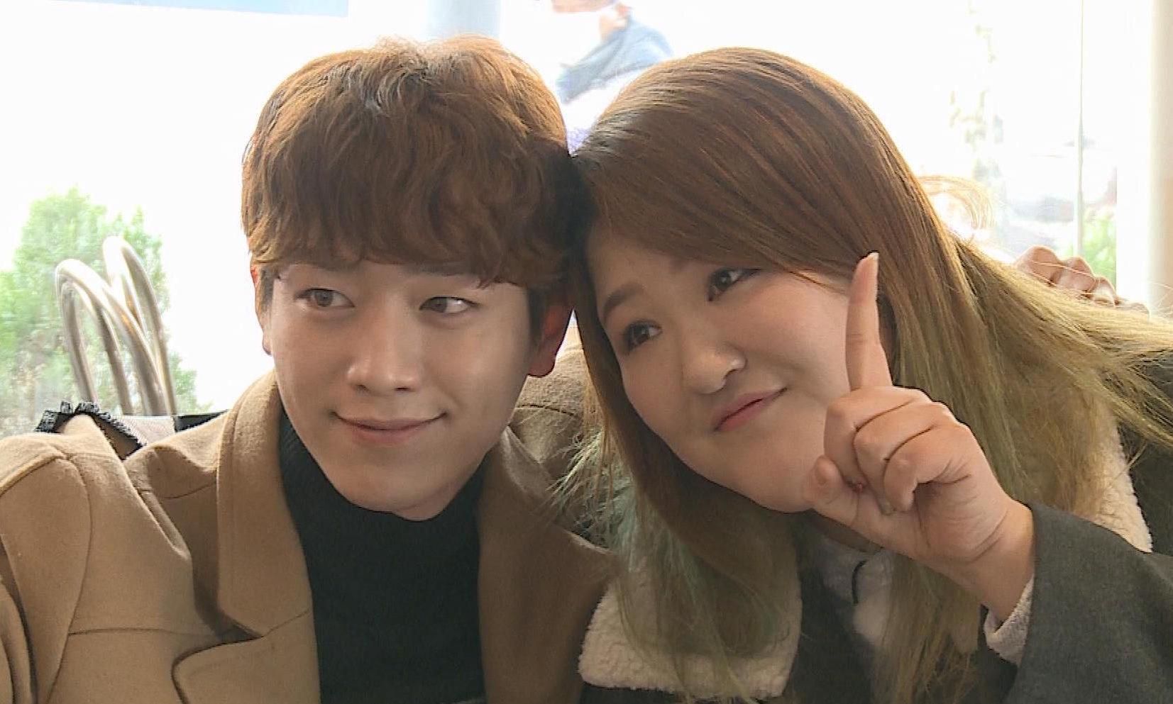 """Seo Kang Joon recibe un camión de comida de su compañera en """"Roommate"""", Lee Guk Joo"""